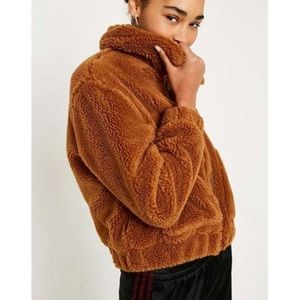 Urban Outfitter Cropped Teddy Jacket in Brown